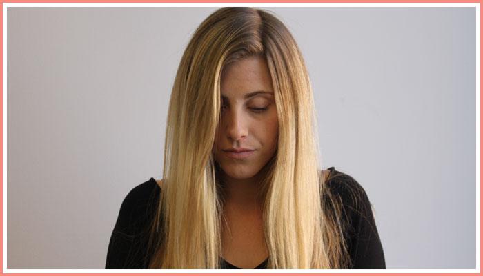 side-part-blonde