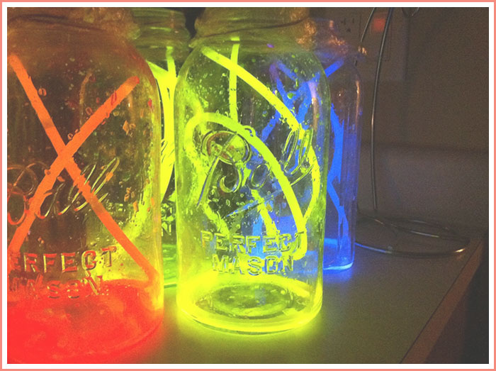 diy-neon-glowing-mason-jar-lights