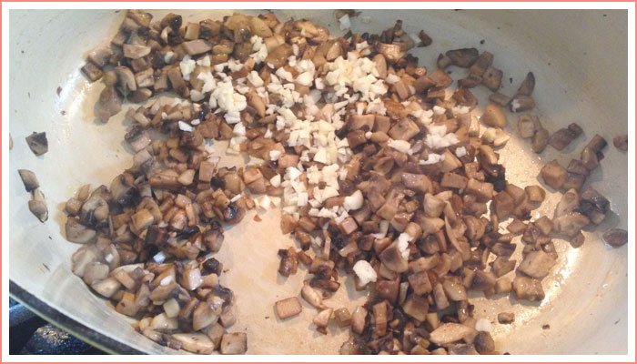 mushroom-artichoke-risotto-preparation
