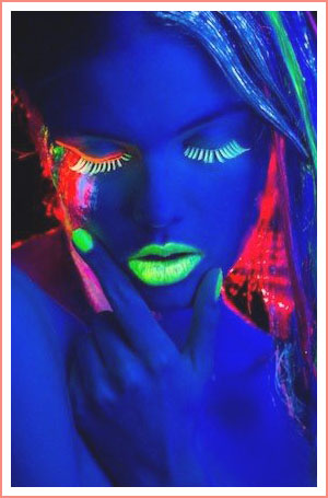 Wacky Trend Wednesday: Glow In The Dark Makeup