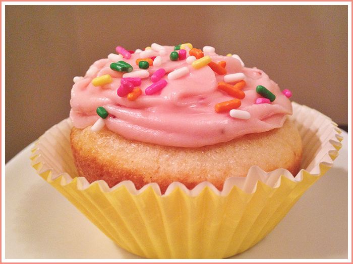 pink-frosting-cupcake-with-sprinkles