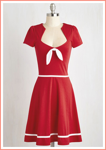 red-dress-with-white-bow