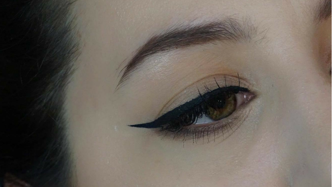 beautiful winged liner